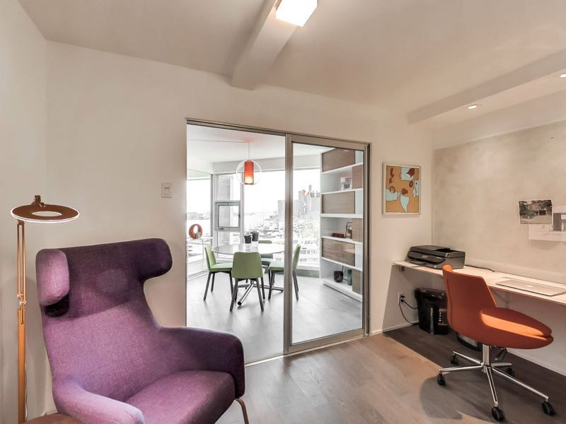 401 queens quay w 502 home office with room for extra seating