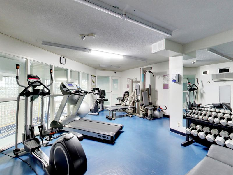 401 queens quay w gym