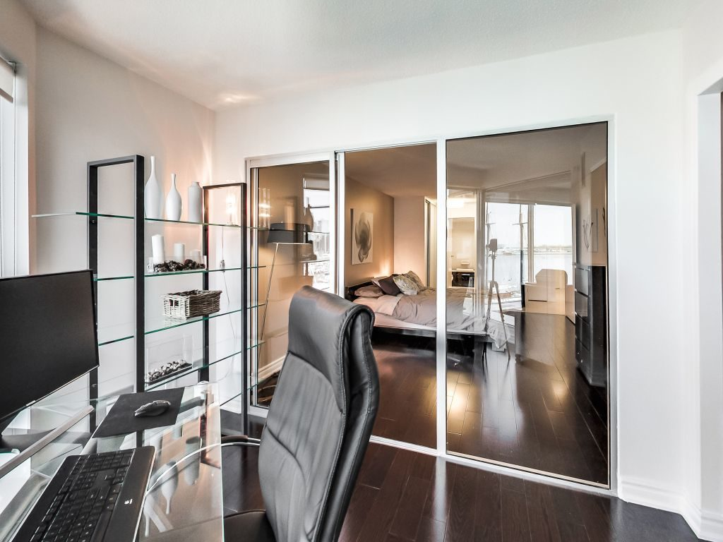 401 Queens Quay W 503 den adjoins the master bedroom via sliding doors